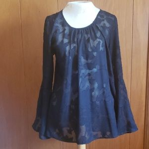 EUC lace trumpet sleeve blouse